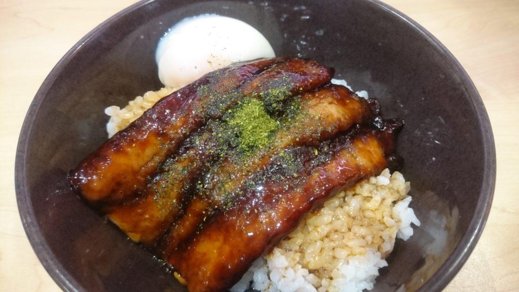 うなぎ風サーモン蒲焼丼